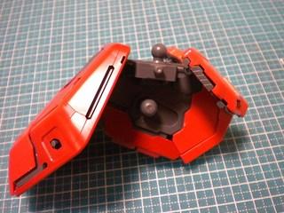 MGサザビーverka腰部製作2.JPG