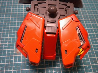 MGサザビーverka腰部製作5.JPG